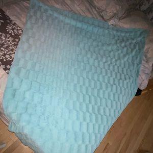 huge teal fuzzy blanket